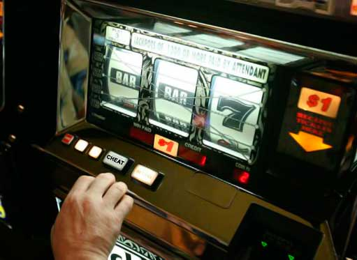 Cheat On Slot Machines – Do They Exist?